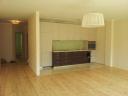 Pārdod 4 istabu dzīvokli